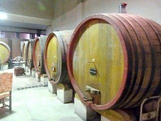 Як зробити домашнє вино з винограду, відео-інструкції
