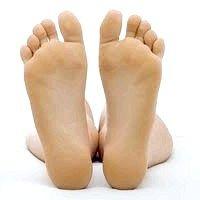 Як візуально зробити розмір ноги менше