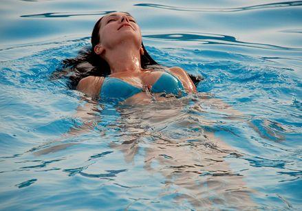 Як навчитися плавати?