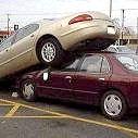 Чому жінки не вміють паркуватися?