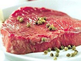 Тушкована яловичина з локшиною по-швабськи фото