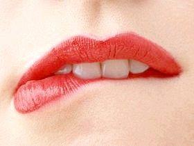 Лікування застуди на губах народними засобами