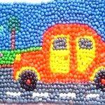 машина на картині з пластиліну