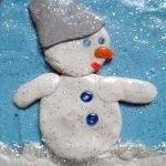 об'ємний сніговик з пластиліну