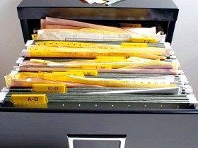 Зберігання документів в організації.
