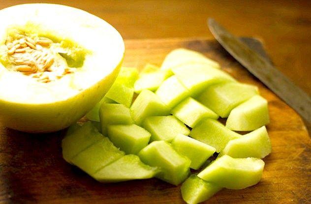 Корисні вітаміни на всю зиму! Ось як потрібно правильно заморожувати фрукти і ягоди.