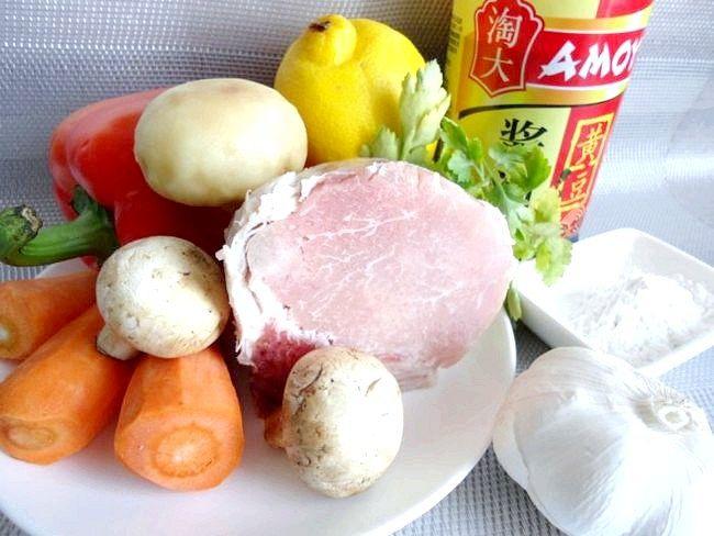 Свинина по-китайськи: це обсмажене в ароматному соусі м'ясо просто незрівнянно!